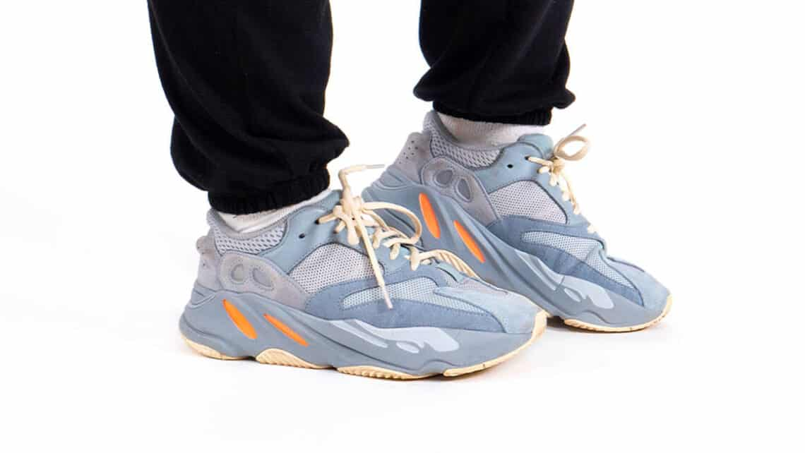how-do-yeezy-700-fit-2